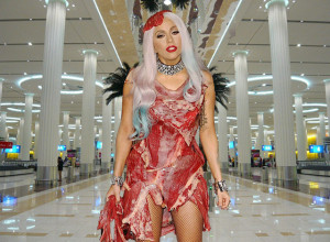 Lady-Gaga-Arrives-in-Dubai-Airport-In-Beef-Bacon-Dress
